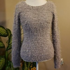 Sweaters - Gray stretchable fuzzy sweater